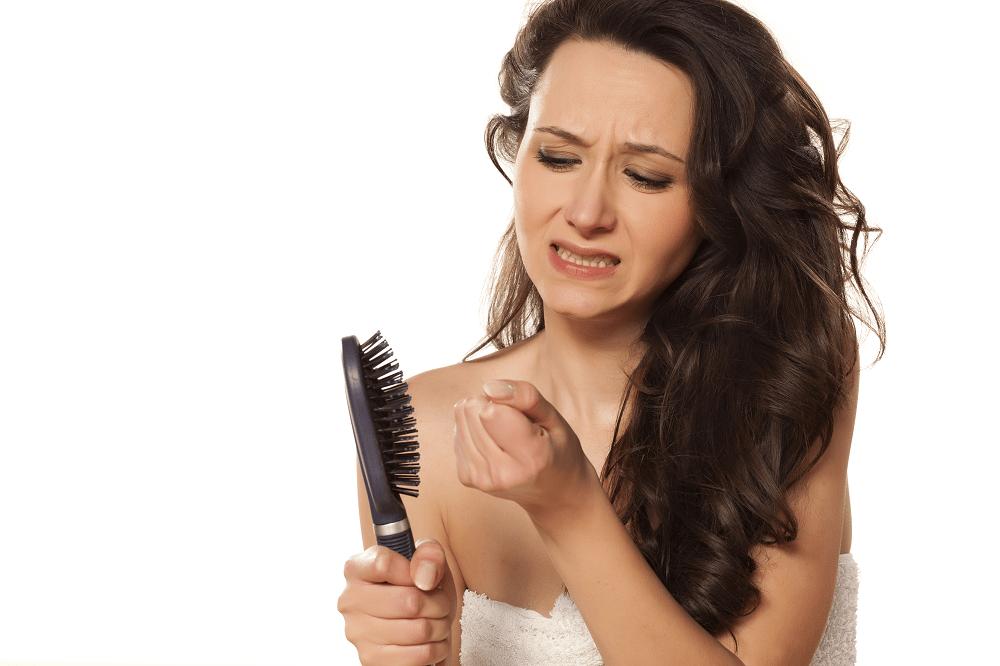 caida capilar mujeres por causas hormonales